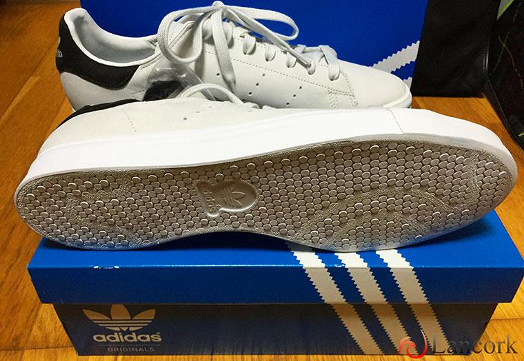 アディダスのスニーカー「adidas ...