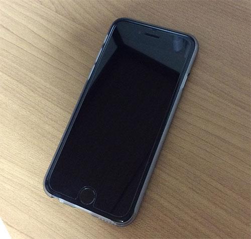 iPhone6 ステルスボタンガラス 装着