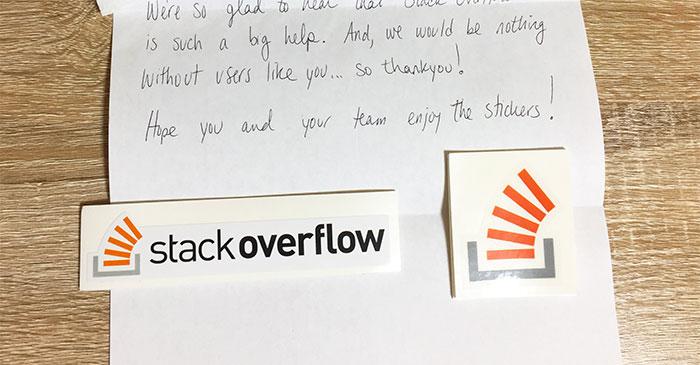 Stack Overflowから送られてきたステッカー