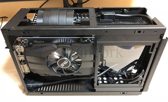 DAN Cases A4-SFX GPU側組み終わり