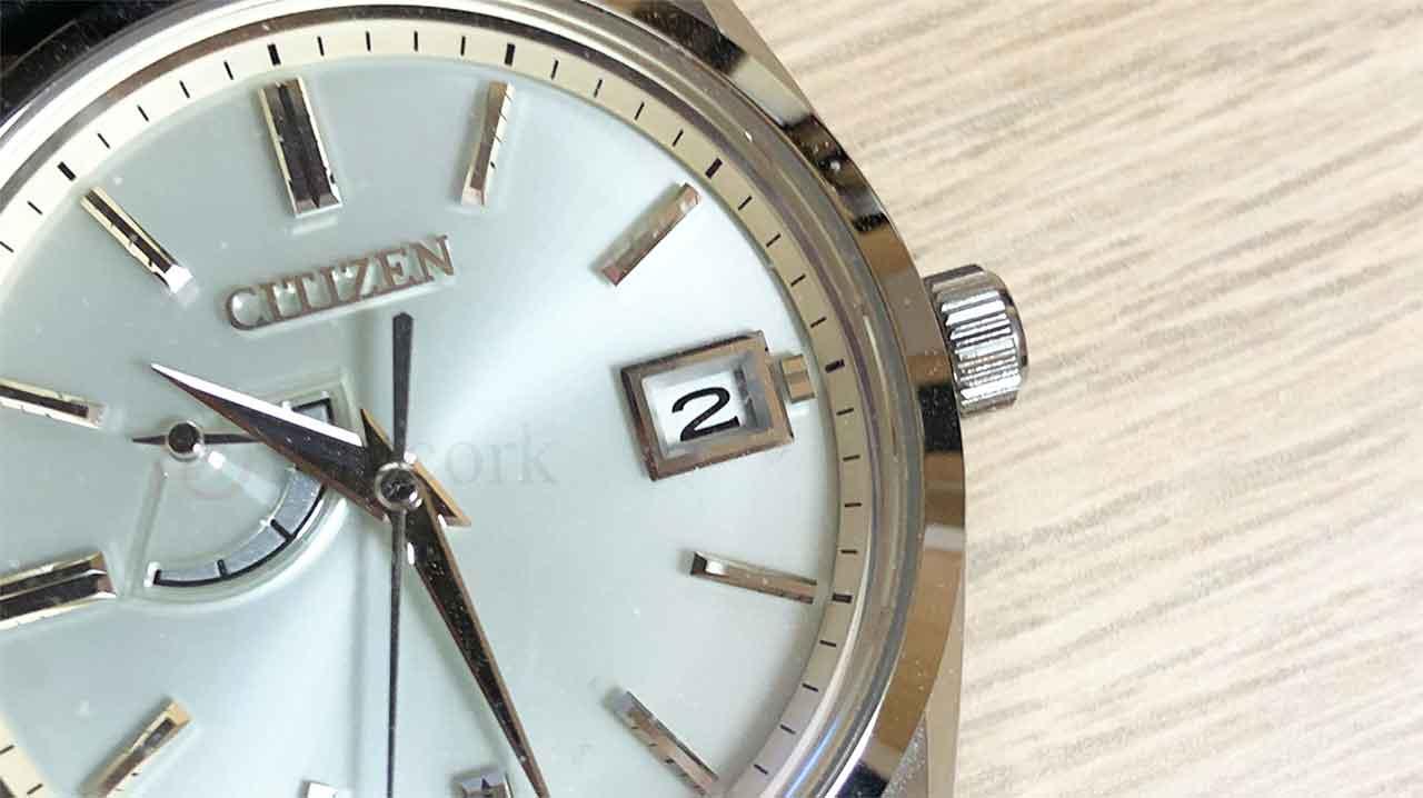 ザ・シチズンの腕時計「AQ1010-03A」カレンダー