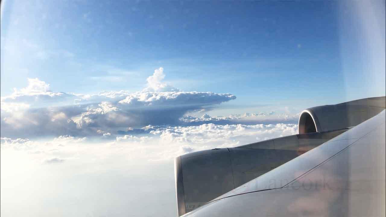 Sim2FlyプリペイドSIM 飛行機から見た景色