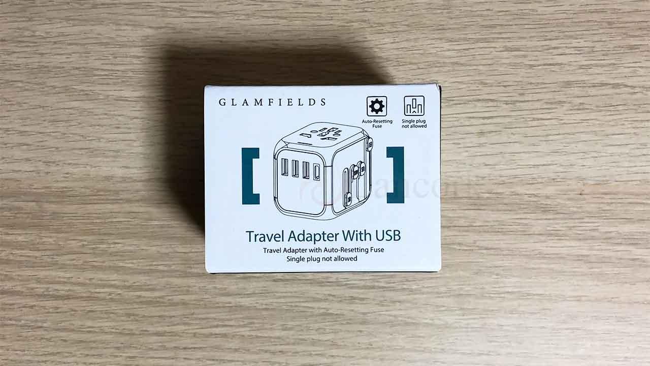 GLAMFIELDSのスライド式コンセント変換プラグ パッケージ