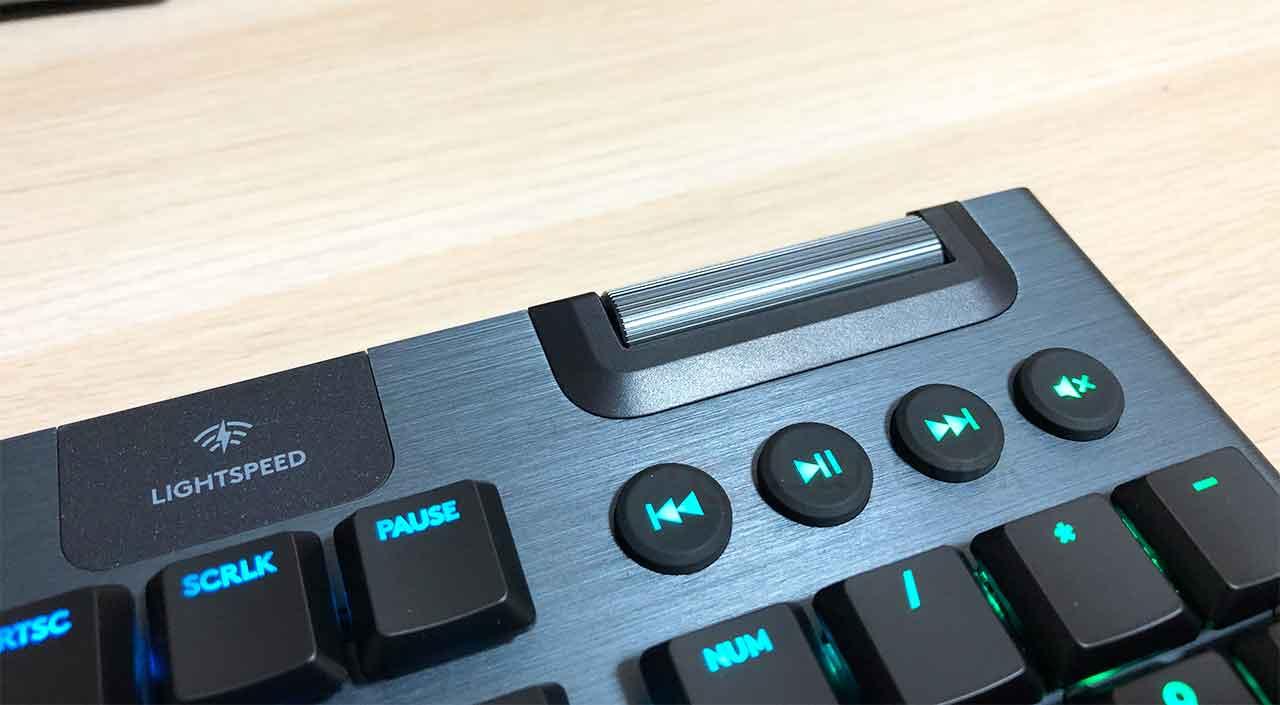 ロジクールのキーボード「G913」 専用メディアコントロール