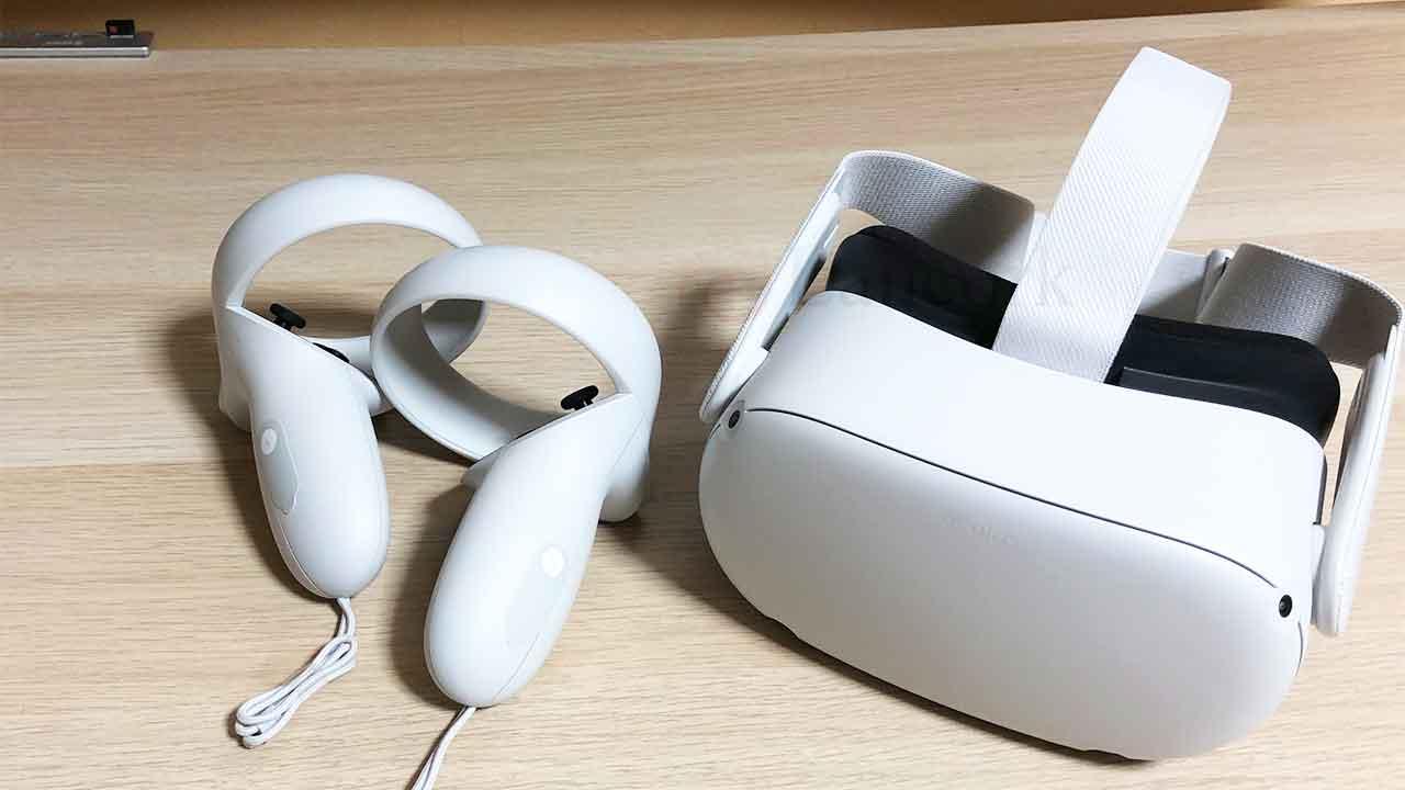 Oculus Quest 2 コントローラーとゴーグル